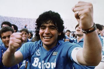 Diego Maradona en 10 dates)