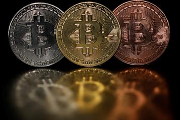 Le bitcoin limite la casse après s'être approché des 30000dollars)