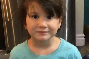 La fillette disparue à Shannon retrouvée morte dans la piscine d'un voisin)