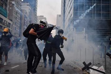 Hong Kong: reprise des heurts après 10jours d'accalmie