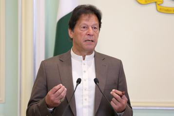 Pour le premier ministre du Pakistan, insulter Mahomet doit être puni comme nier la Shoah)