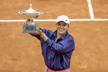 Tournoi de Rome Iga Swiatek écrase Karolina Pliskova en finale)