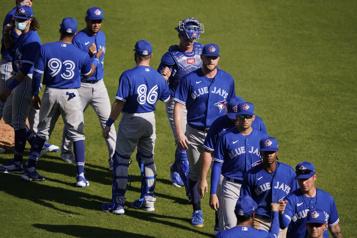 Premier match préparatoire Les BlueJays battent les Yankees 6-4)