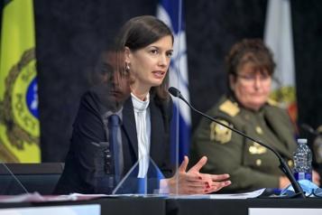 Lutte à l'exploitation sexuelle des mineurs Québec investit, Ottawa montré du doigt pour son «inaction» )