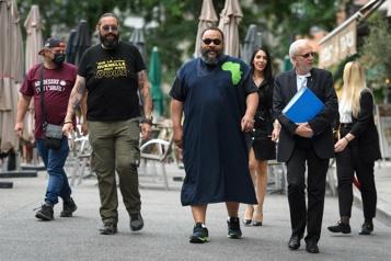 Propos négationnistes Dieudonné face à la justice à Genève)