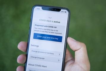 COVID-19: Apple et Google intègrent le tra?age directement dans les téléphones)