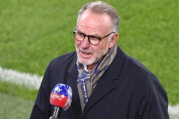 Le patron du Bayern Munich lassé des tensions internes)