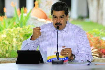 Venezuela: Maduro invite UE et ONU à envoyer des observateurs aux législatives)