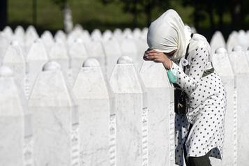 Bosnie: les musulmans commémorent les 25ans du génocide de Srebrenica)