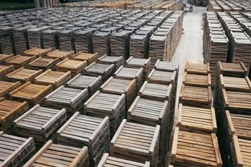 Stella-Jones prévoit une baisse des prix du bois)