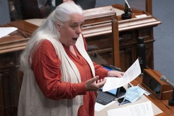 Fin de session parlementaire Manon Massé pousse un juron bien senti au Salon bleu)
