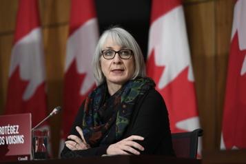 Ottawa crée une réserve de médicaments contre la COVID-19)