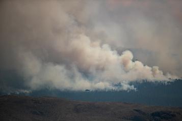 Incendies de forêt Les pompiers du Québec à la rescousse)
