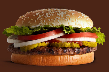 Burger King propose un Whopper moins polluant)