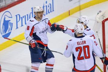 Alex Ovechkin fait gagner les Capitals face aux Devils)