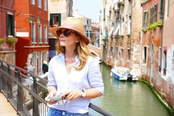 COVID-19 Venise reporte sa taxe d'entrée pour les touristes)