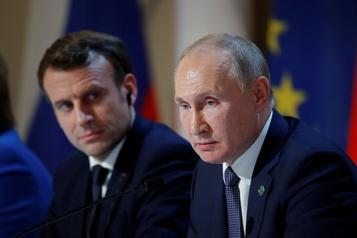 Combats au Karabakh  Poutine et Macron appellent à un arrêt «complet» )