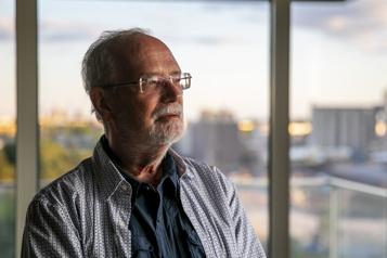 Exposition à l'amiante L'Université de Montréal sommée d'indemniser un de ses anciens professeurs )