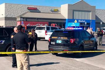 Fusillade dans un Walmart de l'Oklahoma: trois morts, dont le tireur