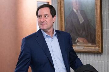 L'ex-maire Michael Applebaum conserve ses indemnités