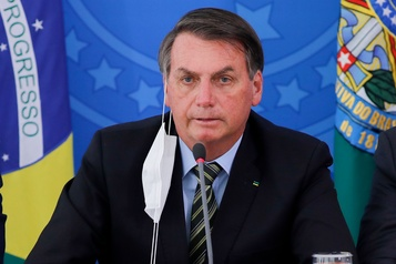 Coronavirus au Brésil: Bolsonaro de plus en plus isolé