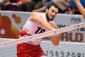 Volleyball Victoire du Canada en trois manches contre l'Allemagne)
