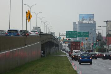 Autoroute Métropolitaine: un autre chantier bruyant en pleine zone résidentielle)