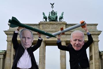 Relations États-Unis–Russie Au bord de la crise)