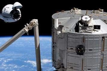 SpaceX La capsule Crew Dragon Endeavour amarrée à l'ISS)