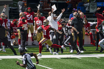 NFL Les 49ers battent les Jets, mais perdent Garoppolo)