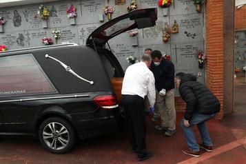 L'Espagne recense 757 morts en 24 heures, deuxième jour consécutif de hausse