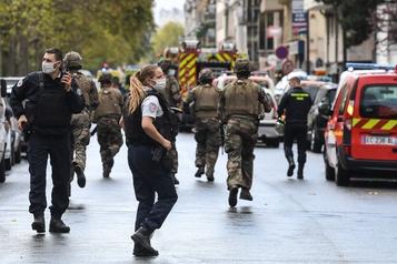 Attaque à Paris: l'identité réelle de l'assaillant au cœur de l'enquête)