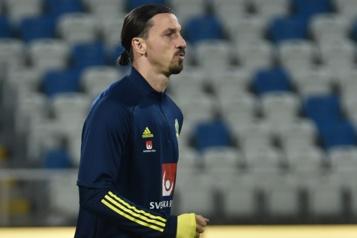 Euro Une blessure à un genou force Zlatan Ibrahimovic à déclarer forfait)