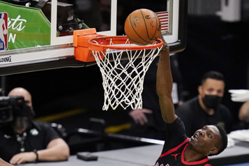 Les Raptors battus par sept points à Boston, record personnel pour Chris Boucher)