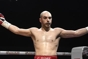 Germain bat Claggett par décision partagée)