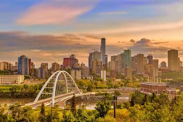 Destination Canada Tour guidé : Edmonton avec Vanessa Pilon)