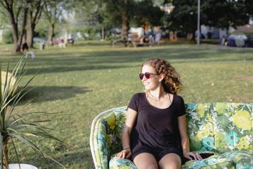 Célébrer l'été en beauté)