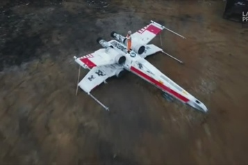 Des passionnés de Star Wars ont construit leur propre vaisseau X-wing
