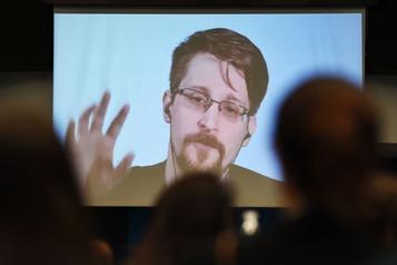 Edward Snowden prêt à rentrer aux États-Unis si son procès est «juste»