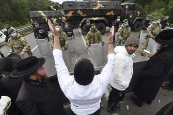 Le pèlerinage juif d'Ouman piégé par les restrictions dues au coronavirus)