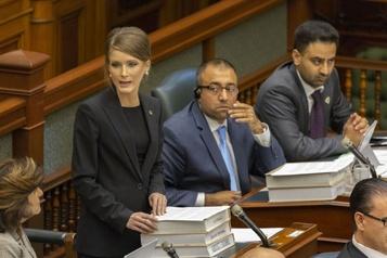 Ontario: Amanda Simard passe chez les libéraux