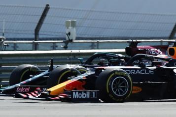 Accrochage Verstappen-Hamilton La FIA rejette la requête de RedBull)