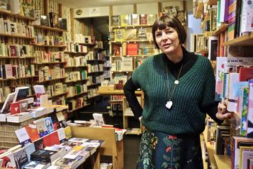 L'étonnant succès d'une petite librairie belge aux teintes fleurdelisées)