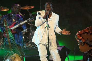 Décès du chanteur et musicien guinéen Mory Kanté)