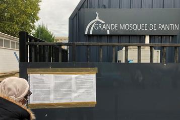Professeur décapité en France Retrait de l'imam controversé de la mosquée de Pantin)
