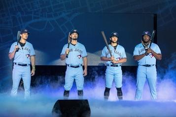 Les Blue Jays dévoilent leur nouvel uniforme
