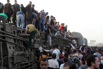 Près de 100blessés dans un nouvel accident de train en Égypte)