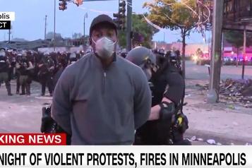 Manifestations à Minneapolis: une équipe de CNN arrêtée)