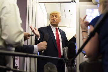 Trump parcourt l'Amérique, Biden reste chez lui)