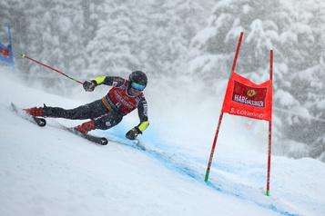 Coupe du monde de ski alpin Filip Zubcic gagne le slalom géant en Italie)